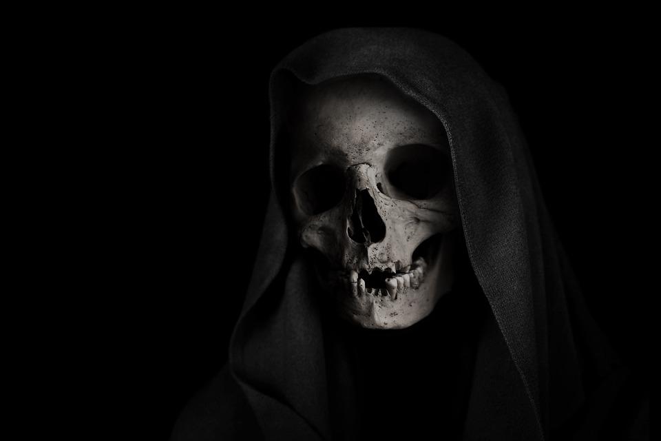 oracion poderosa de amarre ala santa muerte